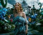 Alicia (Mia Wasikowska) en el país de las maravillas