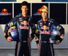 Sebastian Vettel y Mark Webber, pilotos de la escuderia Red Bull Racing