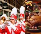 Celebración del Día de Acción de Gracias con el tradicional pavo y el típico sombrero de los Pilgrims. Se celebra en EEUU el cuarto jueves de noviembre