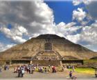 Pirámide del Sol, el edificio más grande en la ciudad arqueológica de Teotihuacán, México