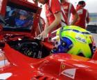 Felipe Massa, en la puesta a punto de su Ferrari