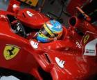 Fernando Alonso, preparando al Ferrari para la carrera