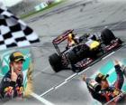 Sebastian Vettel celebra su victoria en el Gran Premio de Malasia (2011)