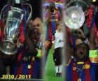 Éric Abidal recogiendo la Copa como capitán, Liga de Campeones 2010-2011