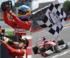 Fernando Alonso celebra su victoria en el Gran Premio de Gran Bretaña (2011)