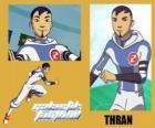 Thran es defensa del equipo de fútbol galáctico Snow-Kids con el número 2