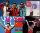 Podio Halterofilia 56kg hombres, Om Yun-Chol (Corea del Norte), Wu Jingbao (China) y Valentin Hristov (Azerbaiyán) - Londres 2012 -