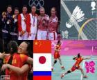Podio Bádminton doble femenino, Tian Qing Zhao Yunlei (China), Mizuki Fujii Reika Kakiiwa (Japón) y Valeria Sorokina, Nina Vislova (Rusia) - Londres 2012 -