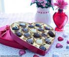 Caja de bombones en forma de corazón para San Valentín