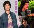 Marco es mexicano y reside en Argentina