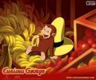 El mono George comiendo un plátano