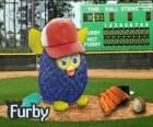 Furby juega a beisbol