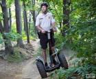 Segway, un vehículo de transporte ligero giroscópico eléctrico de dos ruedas
