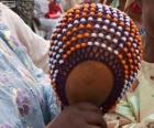 El shekere o calabash es un instrumento de percusión de África