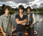 Los hermanos Grey, Camp Rock
