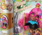 Ginger Breadhouse, su madre es la bruja de Hansel y Gretel, es una Rebel en Ever After High
