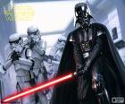 Darth Vader con su sable de luz en una escena de Star Wars