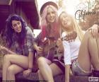 Sweet California es una banda española de éxito, formada inicialmente por Rocío, Alba y Sonia