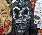 Tres máscaras con expresiones terroríficas para causar pánico en la noche de Halloween o en Fiestas de disfraces de Terror