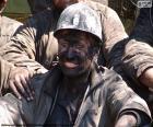 Un minero sonriente