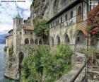 Ermita de Santa Caterina del Sasso, Italia