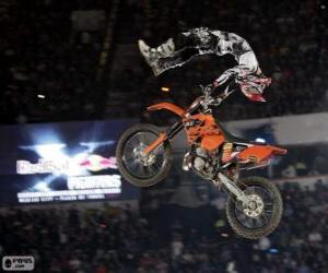 Puzzle de Red Bull X-Fighters, Dead Body