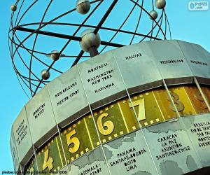 Puzzle de Reloj Mundial, Berlin, Alemania