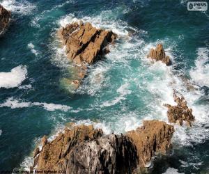 Puzzle de Rocas en el mar