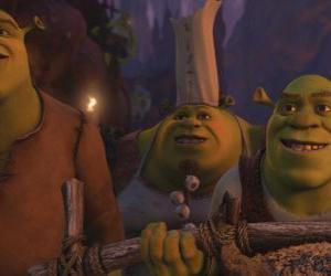 Puzzle de Shrek junto a otros ogros.