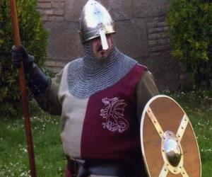 Puzzle de Soldado con casco, escudo y armado con una lanza
