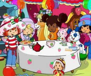 Puzzle de Tarta de Fresa o Rosita Fresita en una fiesta