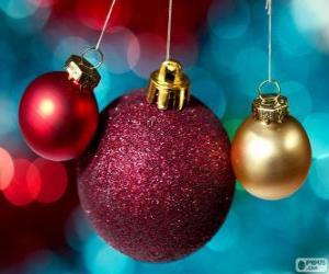 Puzzle de Tres bolas navideñas, una grande y dos pequeñas