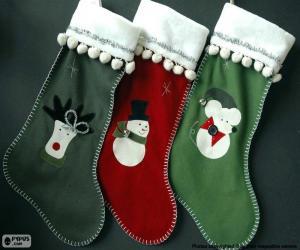 Puzzle de tres calcetines con diferentes motivos