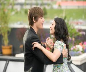 Puzzle de Troy Bolton (Zac Efron) bailando con Gabriella Montez (Vanessa Hudgens)