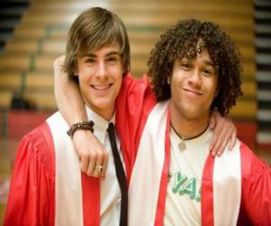 Puzzle de Troy Bolton (Zac Efron) y Chad (Corbin Bleu) el día de la graduación