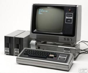 Puzzle de TRS-80 (1977)